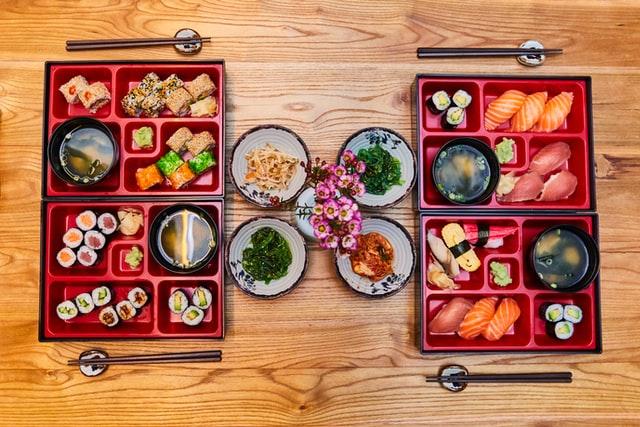 お重に入った和食