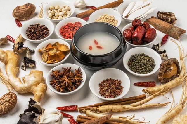 薬膳料理と漢方薬